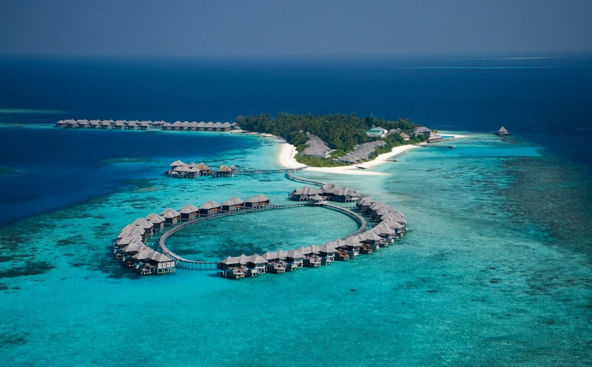 Coco Bodu Hithi Resort