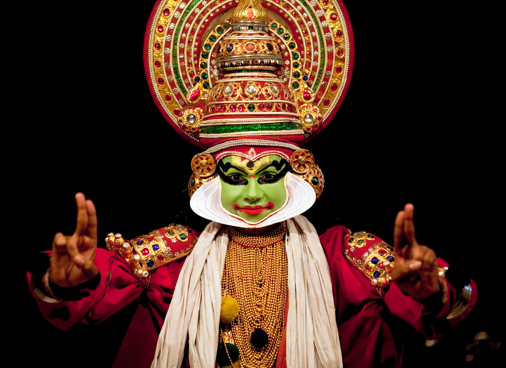Fort Cochin February Kathakali Performer In The Virtuous Pachcha Green Role In Cochin On