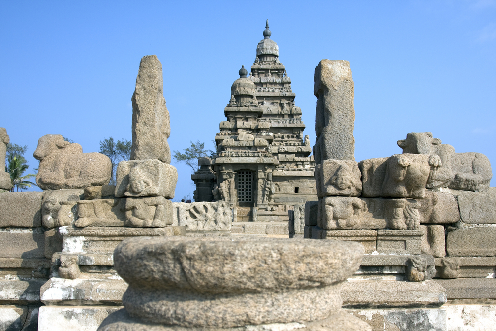 The Shore Temple At Mahabalipuram Is So Named Because It Over Looks The Bay Of Bengal It Is A
