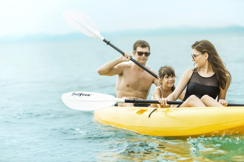 Como Maalifushi- Kayaking - Default