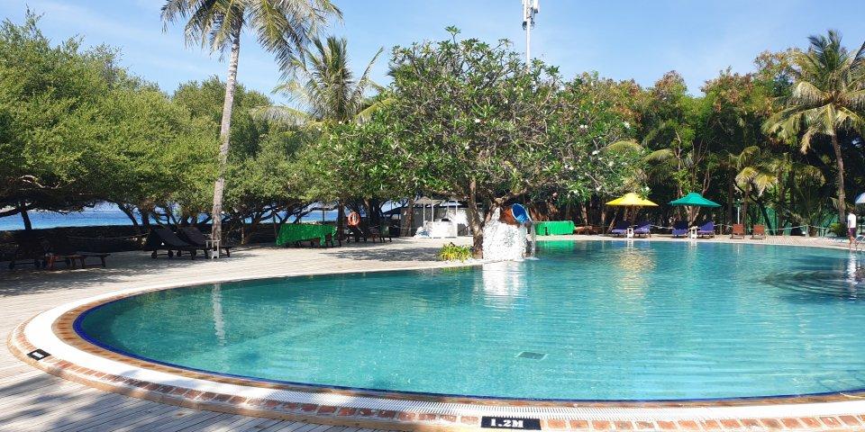 Cinnamon Dhonveli-Swimming Pool - Swimming Pool
